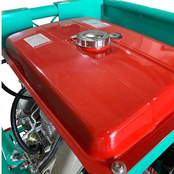 Réservoir carburant diesel pompe