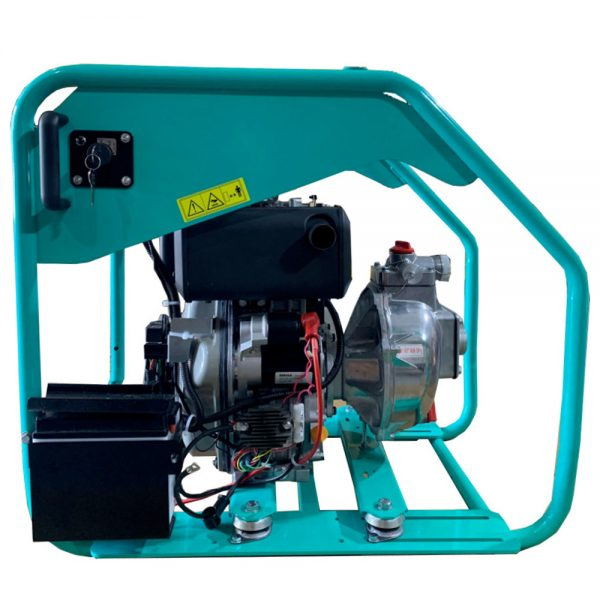 Diesel fire pump equipped with electric starter and starter