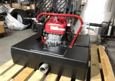 Motopompe flottante essence avec amorçage automatique. Refroidissement par air, flotteur résistant