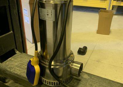 pompe électrique submersible avec flotteur